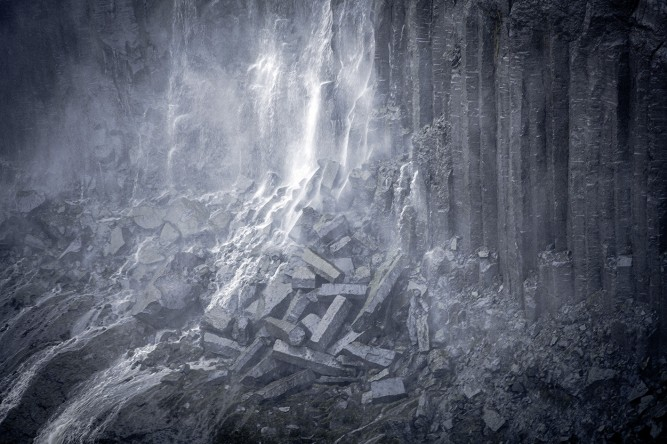 Island: Basaltgestein am Dettifoss